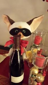 Skippy Jon Jones, Skippito Friskito, photo, Georgito, wine bottle