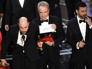 normal, Oscars, sick, Warren Beatty, blogging
